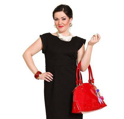 Foto: Cum să-ți accesorizezi rochia neagră!