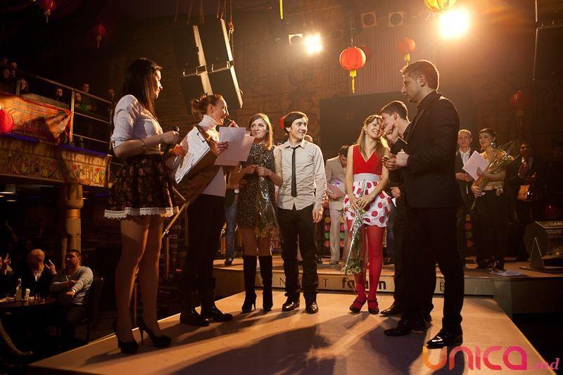 Foto: Dragobetele a sărutat fetele în clubul Faraon!