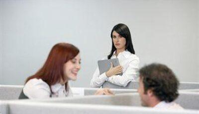 Invidia şi gelozia între femei, la locul de muncă