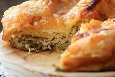 Plăcinte rufoase cu brânză şi mărar