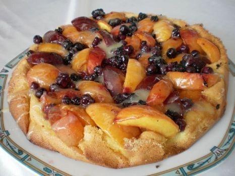 Tartă cu multe fructe