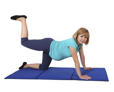Foto: 5 exerciții pentru picioare frumoase în  timpul sarcinii!