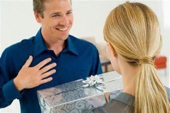 Cele mai originale idei de cadouri pentru bărbaţi