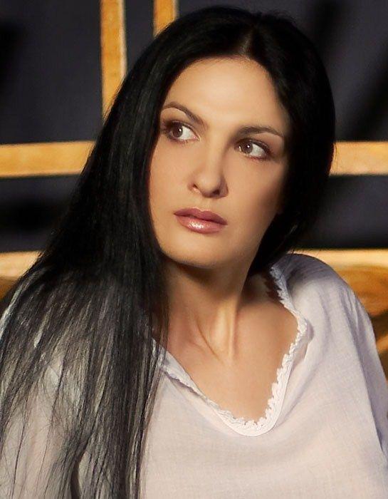 """Margareta Pântea: """"E fantastic să pot transmite oamenilor ceea ce simt"""""""
