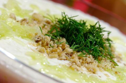 Tarator – supă rece de castraveţi