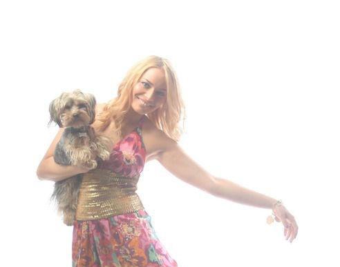 Laura Cosoi, îndrăgostită peste cap de căţelul ei, Jazz!