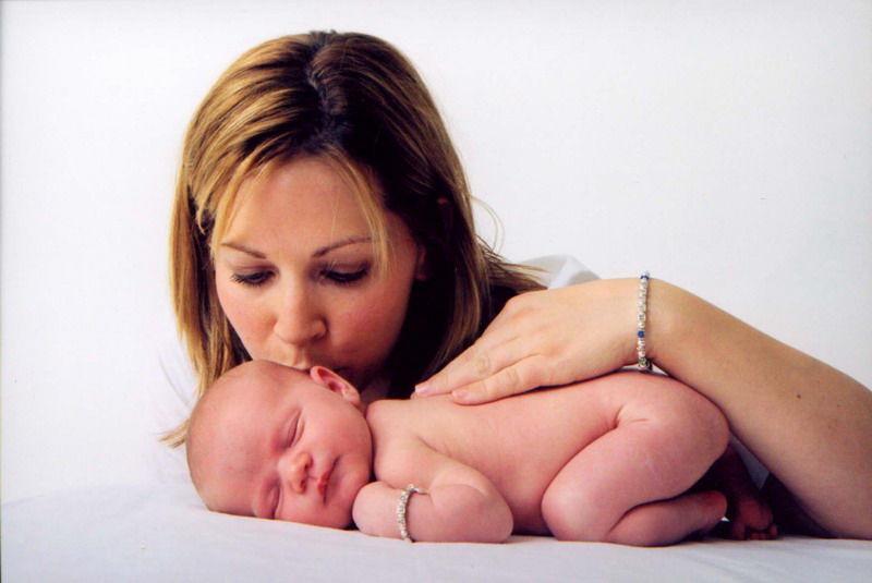 Masajul pediatric – comunică altfel cu puiul tău!