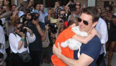 Tom Cruise, acuzat de fosta soție Katie Holmes că e homosexual!