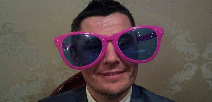 Sergiu Bezniţchi: Despre cele 2 femei din viaţă şi cele 3 costume din dulap!