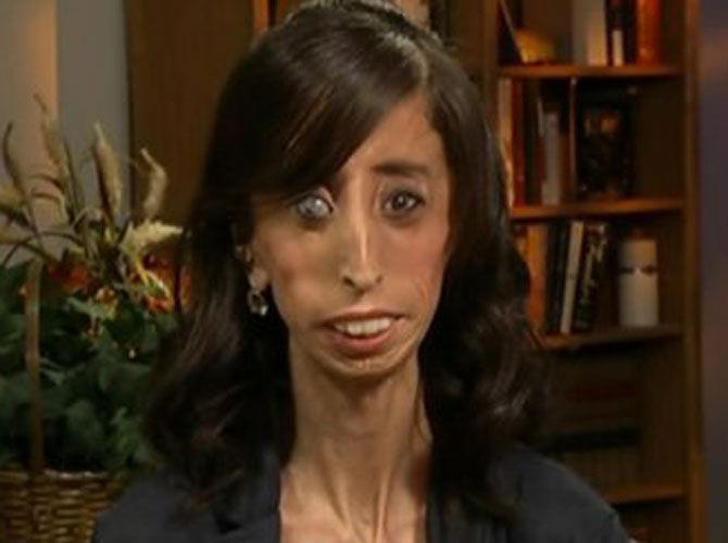 Foto: Cea mai urâtă femeie din lume a devenit o scriitoare de succes