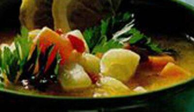 Ciorbă cu legume de vară