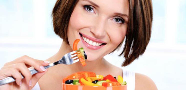 Mănâncă fără a te grăbi!