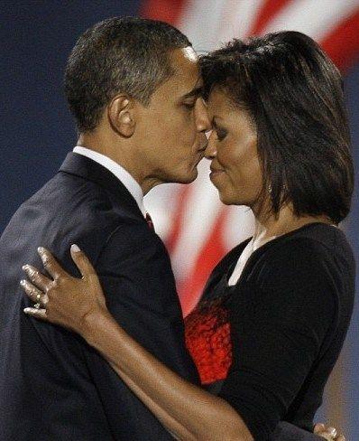 Barack Obama divorţează