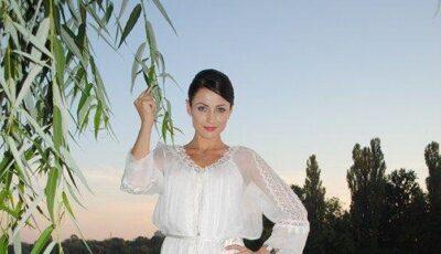 Stela Popa s-a căsătorit la Bucureşti!