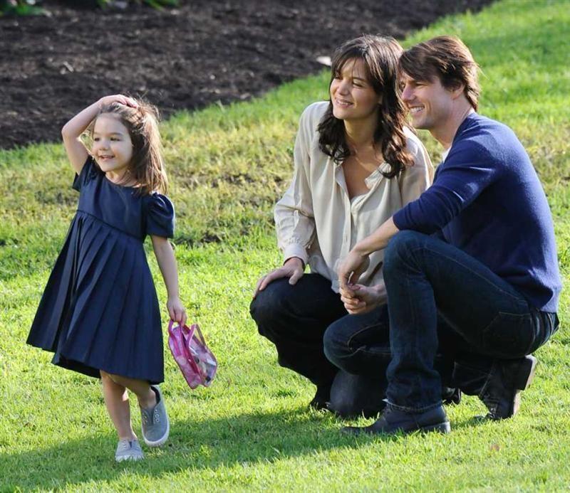 Tom Cruise renunță la sectă pentru a-și salva familia