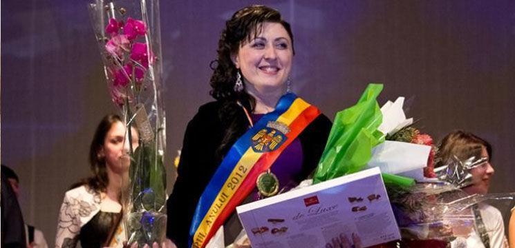 """""""Pedagogul anului 2012 ''- Lucia Argint Căldare"""