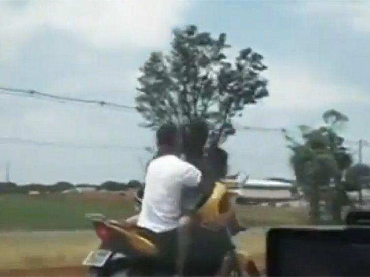 Sărut la 80 de km/oră, pe motocicletă. Gestul care a uimit colegii de trafic