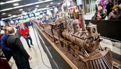 O tonă de ciocolată pentru cel mai mare tren