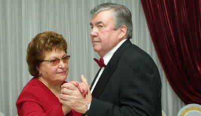 Mircea Snegur se va face cu un papion nou de revelion?