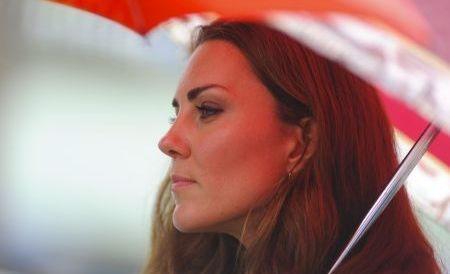 Emoţii negative pentru familia regală britanică