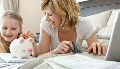 Când și cum îi oferi primii bani de buzunar copilului