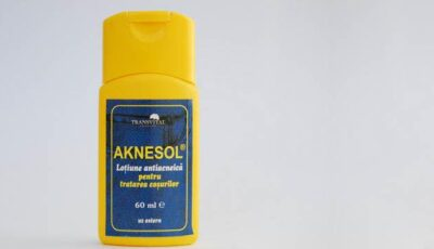 Scapă de a acnee doar cu Aknesol!