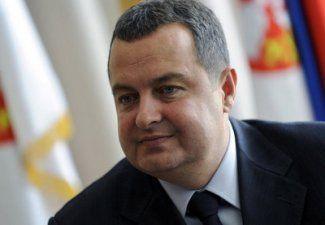 O prezentatoare fără lenjerie intimă l-a pus în situație dificilă pe premierul Serbiei!