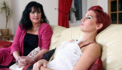 O tânără a slăbit 38 de kilograme, în șase luni după ce a fost hipnotizată!