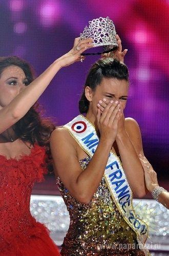 """Scandal la concursul- """"Miss Franța- 2013"""". Câștigătoare este prea """"albă""""!"""