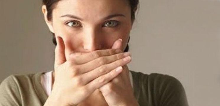 Foto: Scapă de respirația urât mirositoare!