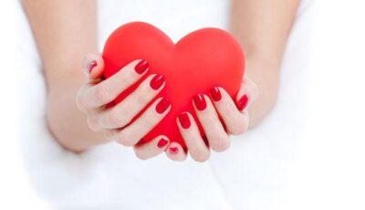 Unghii chic pentru Valentine's Day!
