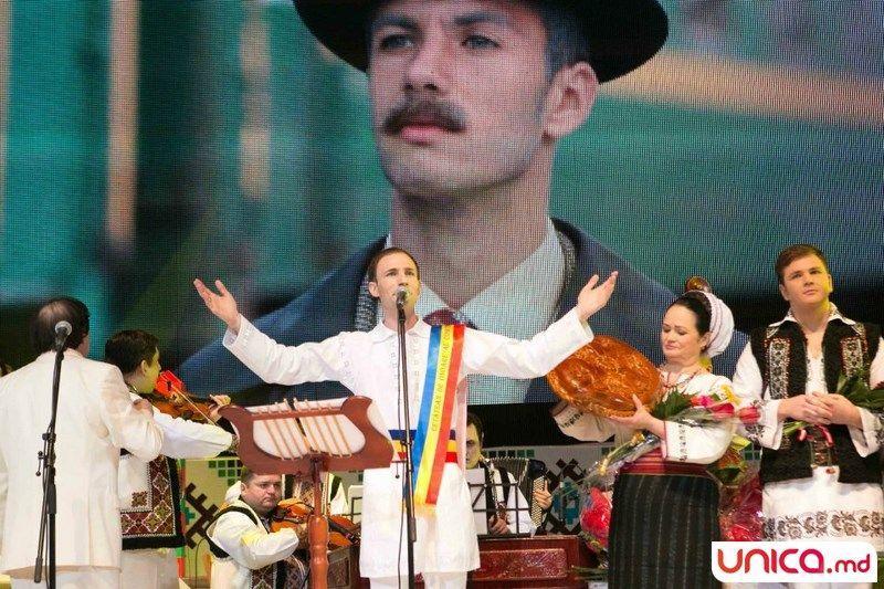 Foto: Cu dorul lui Ion Paladi trăiește o țară-ntreagă (FOTO)