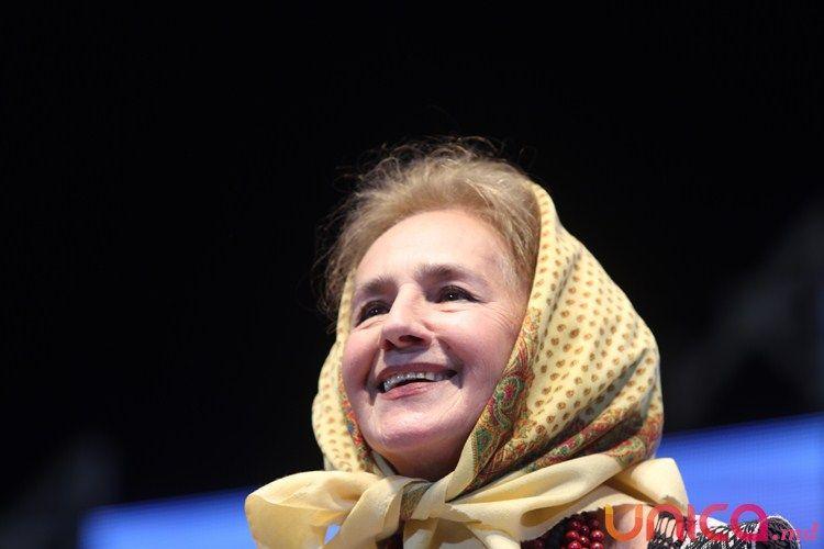 După 13 ani, Dorul a adus-o pe Sofia Vicoveanca la Chişinău! (FOTO)
