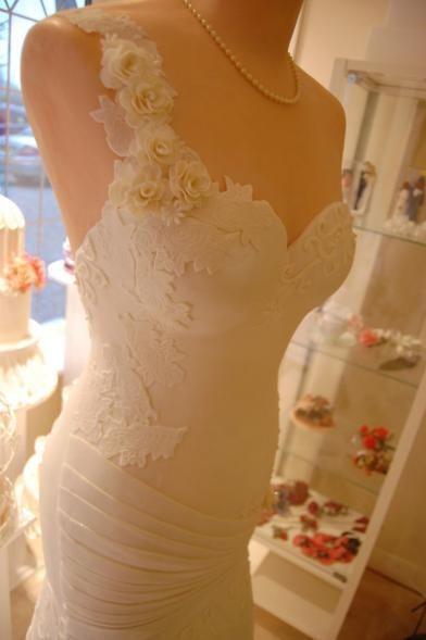 Foto: Cum arată rochia de mireasă cu aromă de vanilie și zmeură!