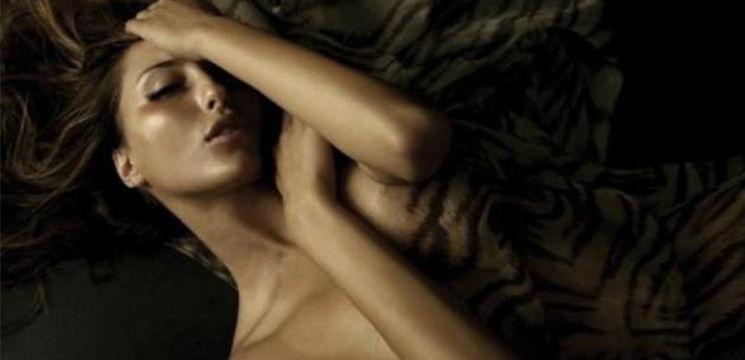 Foto: De ce bărbații se uită la filme porno?
