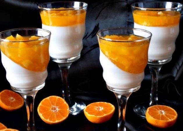 Panna-Cotta-cu-jeleu-de-portocale-ghimpele-