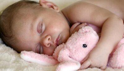 Sfaturile Dr. Kamarovski: cum și cât trebuie să doarmă un copil