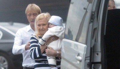 Primele poze cu fiul lui Plushenko!