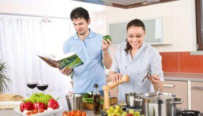 Ce spune stilul de a găti despre iubitul tău!