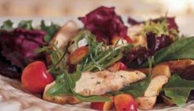 Salată de pui cu cireşe