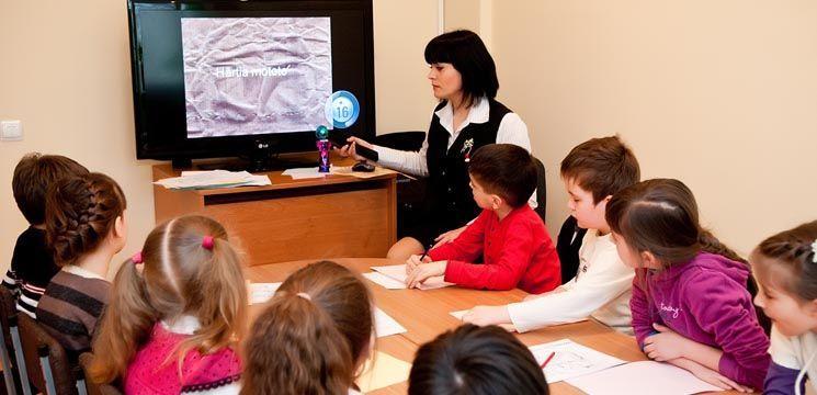 Tabere de instruire, odihnă și dezvoltare pentru copii între 7 și 10 ani