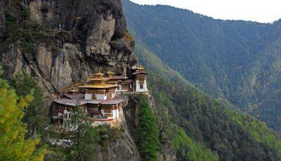 Top cele mai izolate mănăstiri din lume!