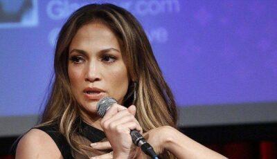 Vezi cum arată sora lui Jennifer Lopez. FOTO