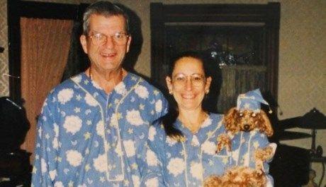 Timp de 35 de ani s-au îmbrăcat la fel! Foto