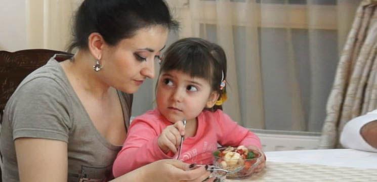 Costi Burlacu și Corina Țepeș răsfățați culinar de Smaranda