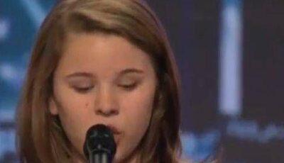 """Fetiţa cu voce dumnezeiască de la """"America's Got Talent""""! VIDEO"""