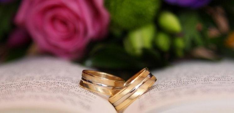 Poze și idei: cum faci singură căsuța de strans bani la nuntă