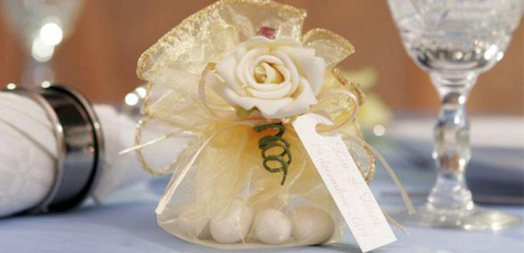 Cum poţi să faci singură mărturiile de nuntă!