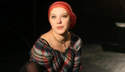"""Ana Tkacenko: """"Teatrul este crucea pe care mi-am ales-o și pe care trebuie s-o duc cu demnitate"""""""