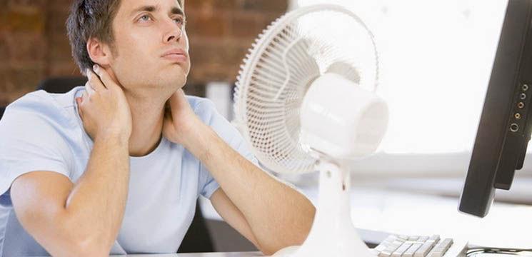 Cum faci față căldurii la birou?